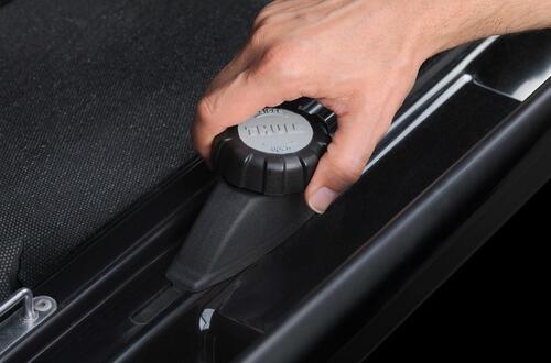 [Автобокс на дах авто Thule Dynamic M 800 Black] - [th-612800]